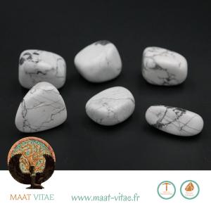 Howlites - Pierres naturelles et équitables de notre partenaire Maât Vitae - www.maat-vitae.fr